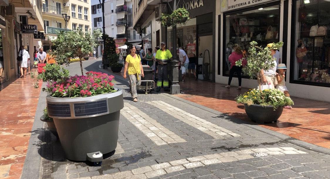 Embellece y proteje tu ciudad con nuestro macetero solar móvil